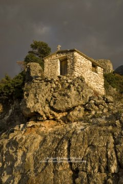 Tiny chapel on edge of Greek gorge